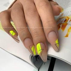 Nail Ideas With Yellow Aesthetic ❤ The Modern Side of Yellow Aesthetic: From Nail Designs to Outfits & Decor ❤ See more ideas on our blog!! #naildesignsjournal #nails #nailart #naildesigns #yellowaesthetic #yellow #yellow #yellownailcolor #yellowdecor #yellowoutfits Minimalist Nails, Neon Nails, Yellow Nails, Nail Swag, Romantic Nails, Fall Acrylic Nails, Fire Nails, Dream Nails, Nagel Gel