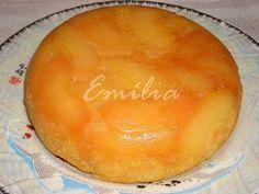Bolo de maçã na panela elétrica de arroz http://blogdereceitasdaemilia.blogspot.com.br/2009/12/essa-receita-e-um-pouco-mais-demorada.html