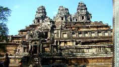 East Mebon Temple #Angkor #SiemReap #Cambodia #Asia