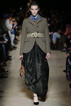 Miu Miu Fall 2016 Ready-to-Wear Fashion Show - Vittoria Ceretti (Elite)