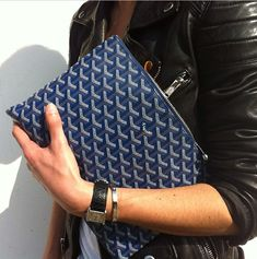 envelope clutch-must have!