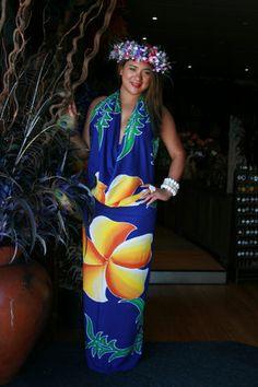 Tipani ete Maire Polynesian Designs, Polynesian Culture, Samoan Patterns, Tahitian Costumes, Hawaiian Fashion, Island Wear, Tropical Dress, Island Girl, Everyday Dresses