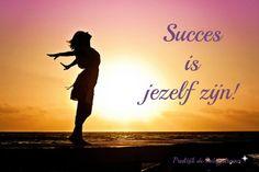 Wat heeft succes te maken met jezelf zijn? Ik kan je geen ongelijk geven wanneer je twijfelt aan het feit dat succesvolle ondernemers altijd zichzelf blijven. Alhoewel er toch wordt beweerd dat je pas succesvol kan zijn als je trouw blijft aan jezelf. Hoe zit het dan? Wanneer weet jij dat je jezelf bent? En hoe