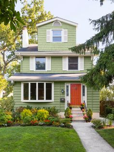 Three stories of awesome #curbappeal // #hgtvmagazine http://www.hgtv.com/design/outdoor-design/landscaping-and-hardscaping/copy-the-curb-appeal-essex-county-new-jersey-pictures?soc=pinterest