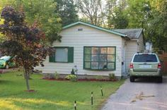 SOLD: Starter Bungalow for sale in Keswick, Ontario, Canada #realestate #forsale