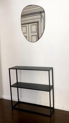 Mniejsze, większe, nowoczesne bądź tradycyjne – wszystkie starannie wybrane konsole WestwingNow kuszą swoją urodą. Szeroka oferta pozwoli Ci wybrać te, które idealnie zaprezentują się we wnętrzu. Te przyścienne stoliki są zarówno bardzo piękne, jak i funkcjonalne. Wspaniale prezentują się w salonie i w przedpokoju! Arts And Crafts, Diy Crafts, Room Decor Bedroom, Trends, Interior Design Living Room, Home Goods, House Design, Teak, Table