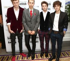   THE VAMPS RECORDING NEW SINGLE WAKE UP ! (WATCH)   http://www.boybands.co.uk