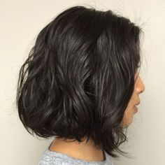 50 Gorgeous Perms Looks: Say Hello to Your Future Curls! Tousled Wavy Black Bob Sure, the bushy perm Loose Wave Perm, Body Wave Perm, Loose Waves, Loose Perm Short Hair, Long Perm, Short Hairstyles Fine, Permed Hairstyles, Modern Hairstyles, Black Hairstyles