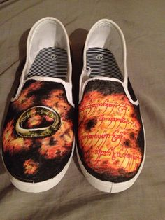 Lord of the Rings Custom vans  on Etsy, $110.00