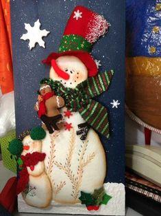 Cuadro con muñeco de nieve Felt Christmas Decorations, Christmas Items, Christmas Snowman, Christmas Projects, Vintage Christmas, Christmas Stockings, Christmas Ornaments, Cute Snowman, Snowmen
