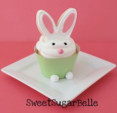 Cookie Bunny Ears Cupcake Toppers – Edible Crafts