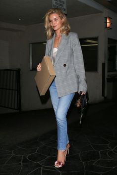 Fashion 2020, Girl Fashion, Fashion Outfits, Fashion Trends, Classy Outfits, Casual Outfits, Looks Style, My Style, Rosie Huntington Whiteley