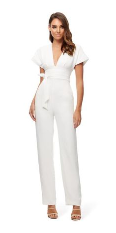 A bridal jumpsuit is the only way to go! Jumpsuit Formal Wedding, White Jumpsuit Formal, White Long Sleeve Jumpsuit, White Pantsuit, Satin Jumpsuit, Wedding Jumpsuit, Jumpsuit Outfit, Homecoming Jumpsuit, Jumpsuit Elegante