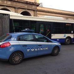 Offerte di lavoro Palermo  Refurtiva restituita ai proprietari  #annuncio #pagato #jobs #Italia #Sicilia Palermo borseggiatori su bus 101 e 806: due arresti