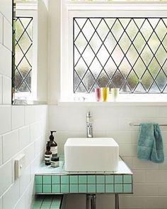 Pequeño pero con encanto! #deco#decoration#baño#bathroom#desing#diseño#interiordesing#interior#interiorstyle#style#azulejos#griferia#ideas#nordhom#love#home#casa#picoftheday