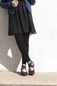 Adorable cross-straps with the Laura flat!