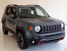 This exact one. The off-road rated Trailhawk in Anvil. Anvil color is cool. Jeep Cars, Jeep Truck, Jeep Jeep, Jeep Rubicon, Jeep Wrangler, Fancy Cars, Cool Cars, Jeep Trailhawk, 4x4