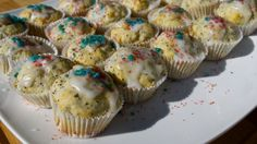 Lemon poppyseed muffins decorated with icing, red sprinkles and blue pop rocks! #fourthofjuly