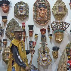 found object sculpture Famous Black Artists, Chicago Artists, Art Brut, Art Sites, Museum Exhibition, African American Art, Naive Art, Aboriginal Art, Outsider Art