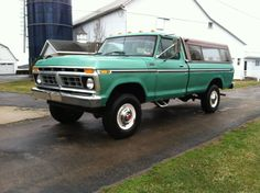 What Affects Car Insurance Rates? Ford Bronco Truck, 1979 Ford Truck, Farm Trucks, Ford Pickup Trucks, 4x4 Trucks, Custom Trucks, Jeep 4x4, Ford 4x4, F250 Ford