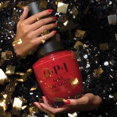 OPI mini XOXO collection makes a great gift for the holidays! Samoan Sand, Strawberry Margarita, Opi Nails, Great Gifts, Nail Art, Tableware, Mini, How To Make, Collection