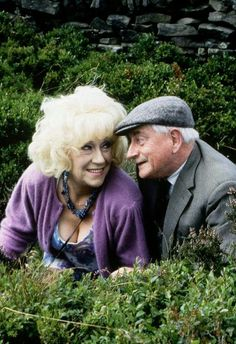 Marina & Howard British Tv Comedies, British Comedy, Last Of Summer Wine, English Comedy, Only Fools And Horses, Growing Old Together, People Having Fun, Vintage Wine, Comedy Tv