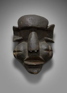 Mask Representing an Antisocial Character (Gongoli) African Culture, African Art, African Countries, Anti Social, West Africa, Tribal Art, Figure Painting, Art Gallery, Objects