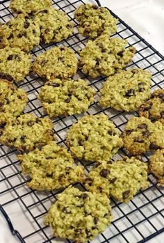 ##for English recipe scroll down please## Isteni finom, szaftos, ragacsos cookie, pont amilyennek egy cookie-nak lennie kell. A banános a...