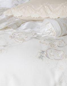 D.Porthault - Paris - Luxury linens - Our collections