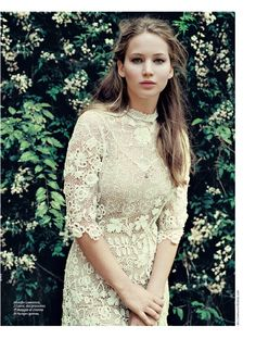 flowers floral everywhere :: Jennifer Lawrence for Gioia Magazine Italy / May 2012 [Hilary Walsh]