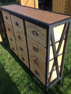 meuble tiroirs industriel caisse de vin metal et bois a mesure de la