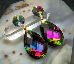 Large Mystic Topaz Effect Earrings - crystal prism glass - wedding silver gold bridal bridesmaids maid of honor rainbow topaz disco ball via Etsy Jewelry Box, Jewelery, Unique Jewelry, Crystal Earrings, Drop Earrings, Rainbow Topaz, Diamonds And Gold, Mystic Topaz, Gems And Minerals