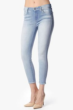 7 For All Mankind, The Mid Rise Cropped Skinny in Sky Breeze Blue (26' Inseam), skybrezblu, Womens : Denim : Cropped & Ankle, AU8118413A