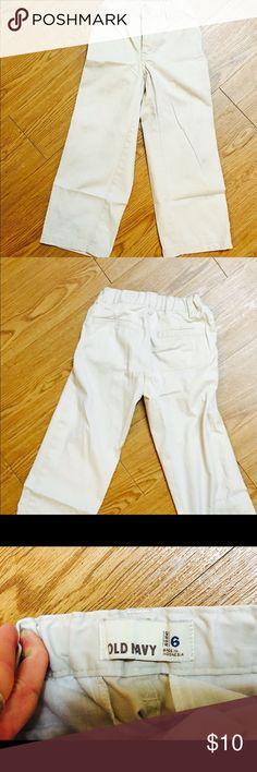 Khaki pants size small (5/6) Boy's small khaki pants Old Navy Bottoms Casual