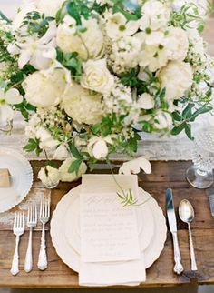 Southern Bride of the Month: Jordan « Southern Weddings Magazine Roses and peonies