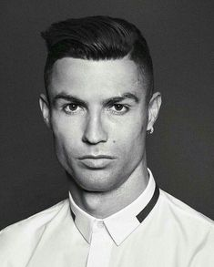 [New] The 10 Best Food Today (with Pictures) Cristiano Ronaldo Haircut, Cristiano Ronaldo Juventus, Juventus Fc, Portugal National Football Team, Cristiano Ronaldo Portugal, Cristino Ronaldo, Hispanic Men, Best Football Players, Sports Celebrities