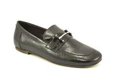 Zwarte metallic loafers met horsebit van het merk Donna Carolina, model 33.658. De trend van het moment! €149,95 #donnacarolina #loafers #trend #shoes #horsebit Men Dress, Dress Shoes, Loafers Men, Oxford Shoes, Fashion, Moda, Fashion Styles, Men's Loafers, Fashion Illustrations