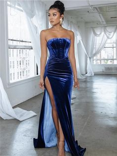 Strapless Simple Royal Blue Velvet Long Prom Dresses With Split, - Strapless Simple Royal Blue Velvet Long Prom Dresses With Split, Source by sarreknoochpm - Pretty Prom Dresses, Glam Dresses, Elegant Dresses, Cute Dresses, Beautiful Dresses, Fashion Dresses, Formal Dresses, Robes Glamour, Prom Outfits