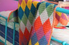 Autumn Harlequin Blanket (see link in post to tapestry crochet tutorial) Manta Crochet, Crochet Granny, Baby Blanket Crochet, Crochet Stitches, Crochet Baby, Crochet Patterns, Knitting Patterns, Crochet Blankets, Crochet Home