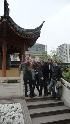 Interns in Shanghai, China   FourStars Stage in Cina