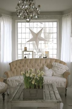shabby chic Chandelier! Star!