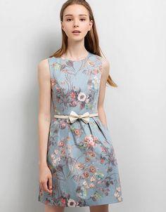 http://saturdayclub.com/new/830-fairfield-dress.html