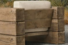 Outdoor seating Pedestal and back curtains seem to be pushed into the oak planks ou is part of Rustic outdoor furniture - Rustic Outdoor Furniture, Diy Furniture Easy, Industrial Furniture, Pallet Furniture, Garden Furniture, Antique Furniture, Modern Furniture, Furniture Market, Furniture Ideas