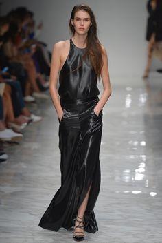 Blumarine Ready To Wear Spring 2016 | WWD