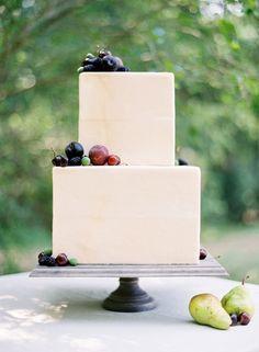 Wedding Ideas: fresh-berry-wedding-cake