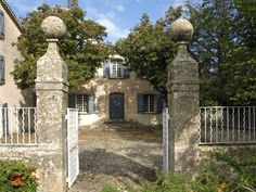 Gateposts at a 14thC house in Bouches du Rhone, Aix-en-Provence, France