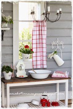 Oma koti onnenpesä: Pikkuväen pesutuvassa