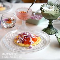 iittala (イッタラ) / Kastehelmi (カステヘルミ) プレート26cm Marimekko, Food Dishes, Cookware, Panna Cotta, Happiness, Dining, Tableware, Places, Ethnic Recipes
