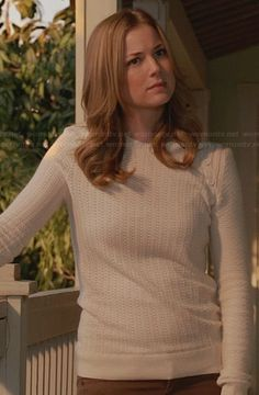 Emily's white sweater with shoulder buttons on Revenge.  Outfit Details: http://wornontv.net/28787/ #Revenge