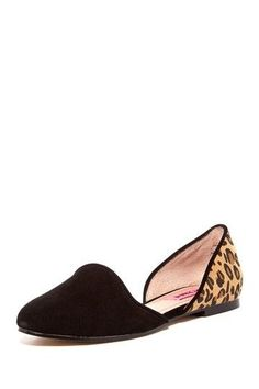 Betsey Johnson Cocoh flats - I found these cuties the other day for $17! Perfect for work and dates.